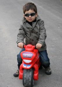 J'ai 3 ans, 2 mois... dans Vie de famille ethan-vacances-214x300